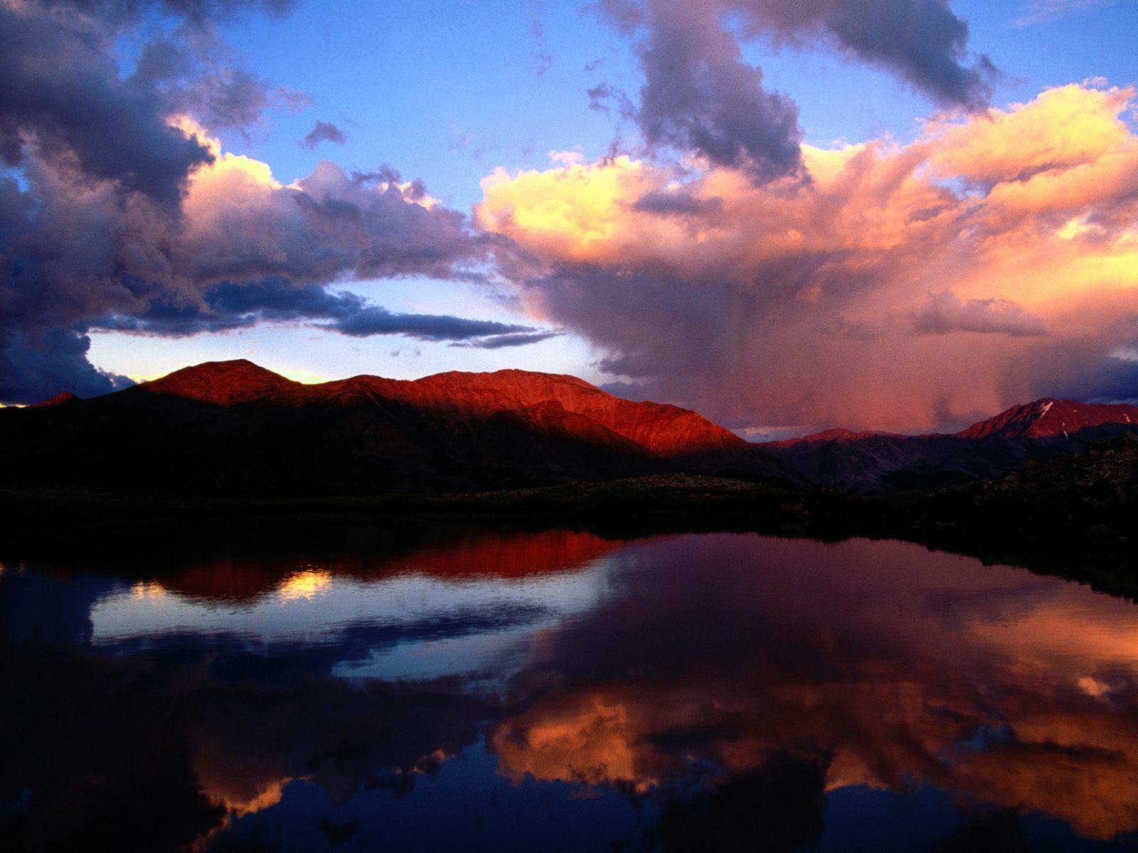 http://www.bartcop.com/Mount-Elbert-Colorado.jpg