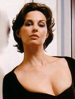 Ashley Judd hairstyles short hair 5