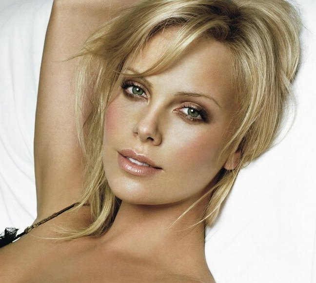 BartCop's Movie Hotties - Charlize Theron - Page 19 Charlize Theron Movies