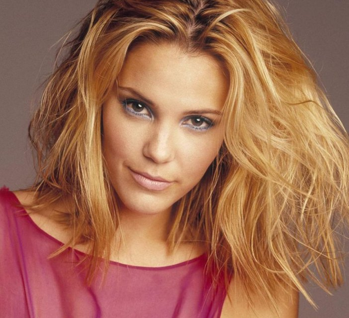 Leslie Bibb - Wallpaper Actress