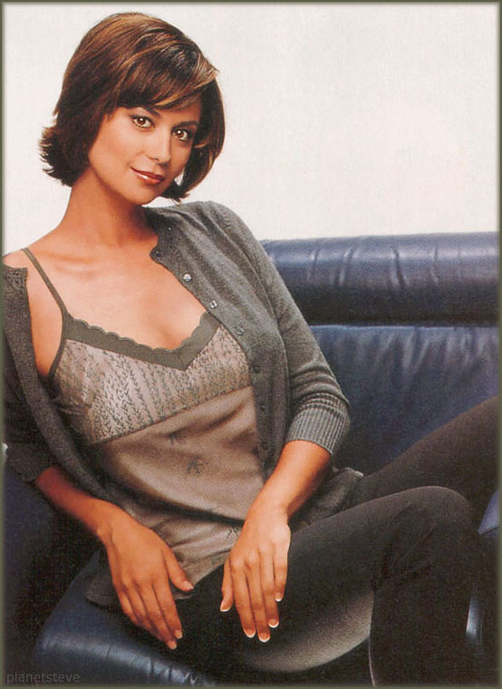 Catherine Bell - Les stars nues