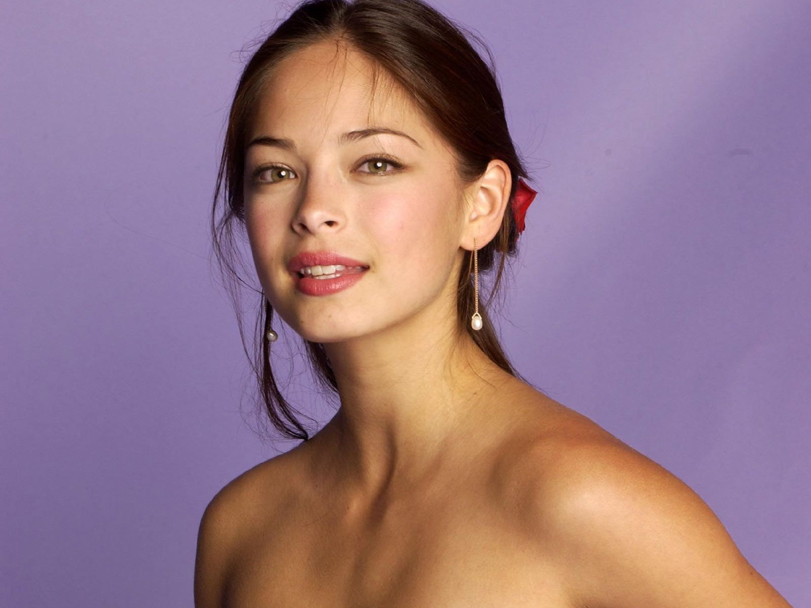 Mezclas de razas y etnias (mixed race people) Kristin-kreuk-0881
