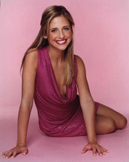 BartCop's TV Hotties - Sarah Michelle Gellar - Page 4