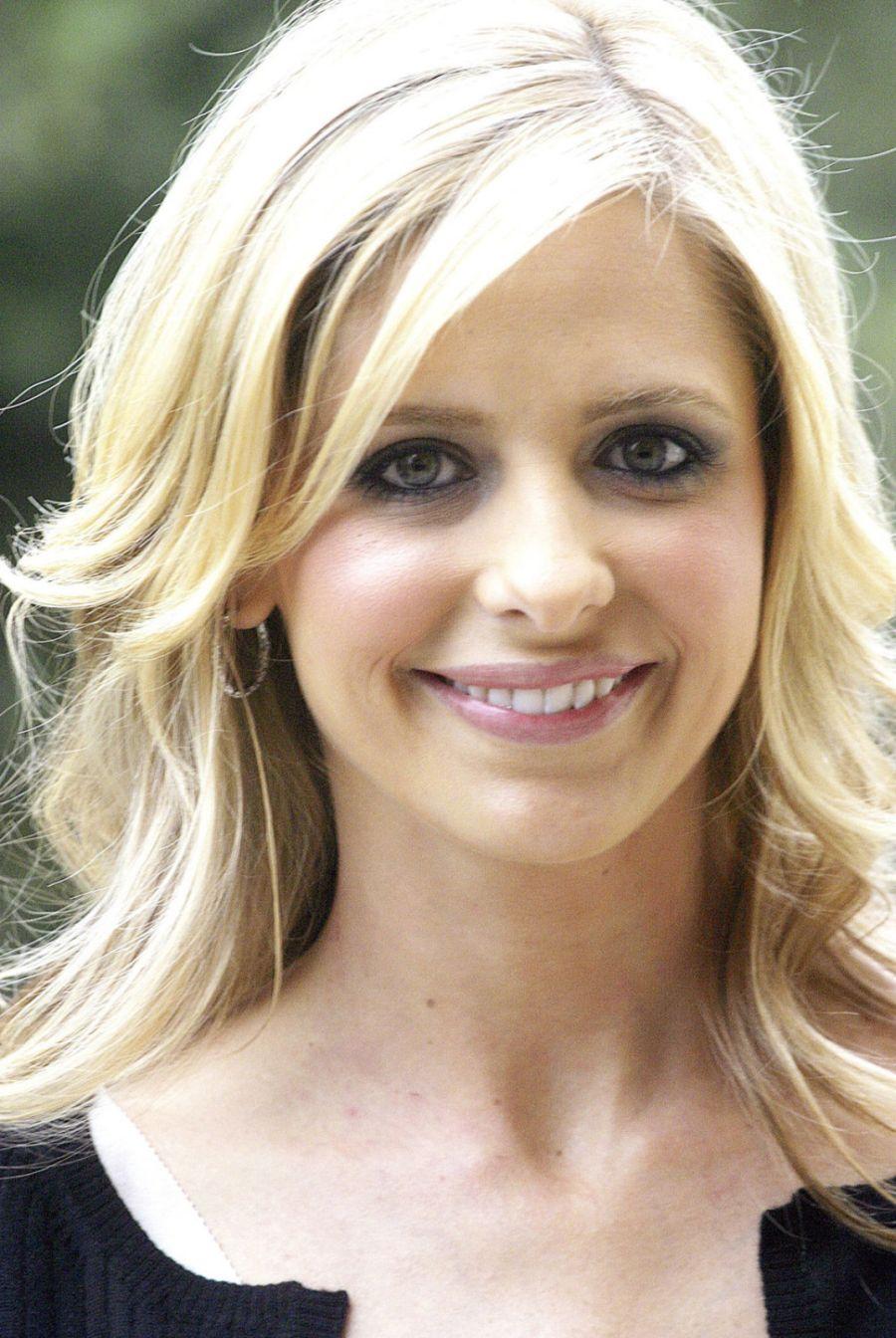 BartCop's TV Hotties - Sarah Michelle Gellar - Page 96
