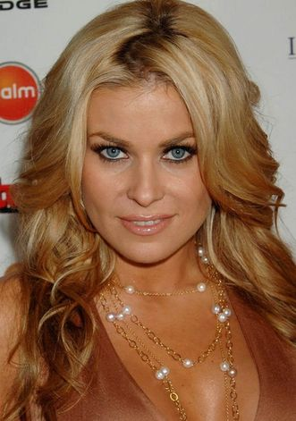 hot model carmen electra hairstyle