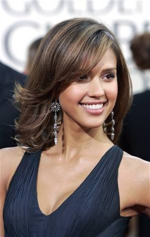 Pictures Of Photos Styles Of Short Haircuts For Jessica Alba Wedding.